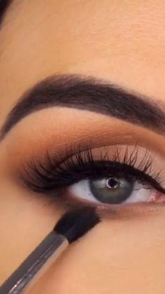 Eyebrow Makeup Tips, Makeup Tutorial Eyeliner, Eye Makeup Steps, Makeup Eye Looks, Eye Makeup Art, Natural Eye Makeup, Makeup Videos, Skin Makeup, Eyeshadow Makeup