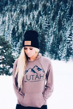 Wanderlust in the Mountains of UTAH | Lady Scorpio Inspire your Inner Gypsy | UTAH Live Elevated Beanies & Hoodies perfect to complete your fall or winter fashion | Photography by Stephanie Renfro @StephRenfro