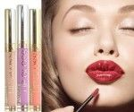 There was a time when the only way to have the appearance of full lips required a visit to a surgeon's office. Best Lip Gloss, Full Lips, Lip Plumper, Your Lips, Style Guides, Lipstick, Beauty, Color, Lips