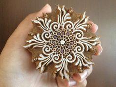 Holz-Block Printing Hand geschnitzte indische Holz Textil Block Stamp kreisförmige Blume Stamp NDNPooja Motiv