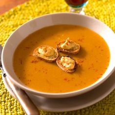Fish soup by Chef Scali ( France ) Whole30 Fish Recipes, Meat Recipes, Cooking Recipes, Drink Recipes, Mediterranean Fish Recipe, Fish Soup, Dinner Entrees, Savoury Dishes, Fish And Seafood