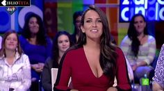 Irene Junquera con uno de sus mejores escotes para Zapeando - Ríete tú que yo no puedo