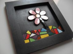 Cartoon Sun, Arte Tribal, Mosaic Flowers, Mosaic Projects, Flower Pictures, Mosaic Art, Arts And Crafts, Wall Decor, Rock