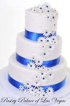 Pastry Palace Las Vegas - Wedding Cake #1092-Daisies & Pearls in Blue