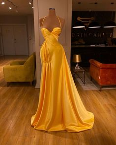 Find the perfect gown with Pageant Planet! Browse all of our beautiful prom and pageant gowns in our dress gallery. There's something for everyone, we even have plus size gowns! Glam Dresses, Event Dresses, Red Carpet Dresses, Couture Dresses, Pageant Dresses, Pretty Dresses, Dress Outfits, Fashion Dresses, Formal Dresses