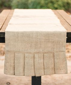 This Pleated Burlap Table Runner #zulily #ad *cute
