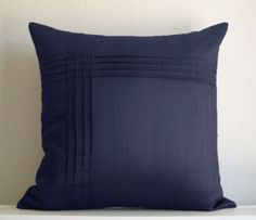 Creative pintuck pillow
