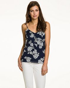 Camisole fleurie en mousseline - Cette camisole double épaisseur constitue un article essentiel à la garde-robe de toute femme.Cet article vous permettra de passer avec style du bureau à l'apéro.