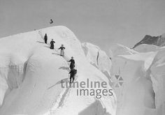 Bergsteiger in den Schweizer Alpen, 1908 Timeline Classics/Timeline Images #Climbing #Klettern #Berge #Bergsteigen