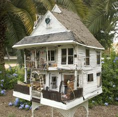San Angel Folk Artists:  Sally Ozuna  Love the Shingles and Siding for my Gothic Dollhouse