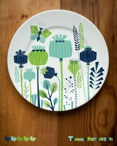 Plate design by Tamara Henderson. I'm a fan if her illustrations and this design great.