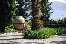 Villa della Pergola, Alassio. www.italianways.com/the-mixed-beauty-of-villa-della-pergolas-gardens-in-alassio/