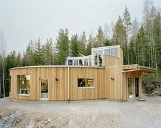 Beautiful circular Passive House in Sweden on the lake.