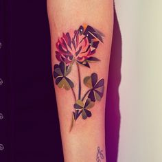 Very very interesting and beautiful clover tattoo concept!