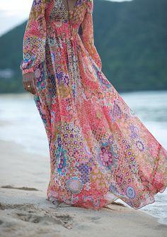 Boho Maxi bridesmaid dress, perfect for relaxed outdoor weddings. Visit www.rosetintmywedding.co.uk for bespoke wedding planning and design UK.
