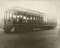 A 1905 Pacific Electric Street Car in Los Angeles. (Bizarre Los Angeles)