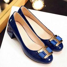 """Elegant Metal and Patent Leather Design Flat Shoes For Women. Colors: Blue. Size: 37, 38, 39. SKU: URSSDATTG01 Price:… #Vivoren #Fashion"
