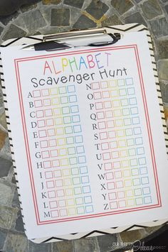 FREE ABC scavenger hunt printable - a fun thing to do with young kids in the summer!