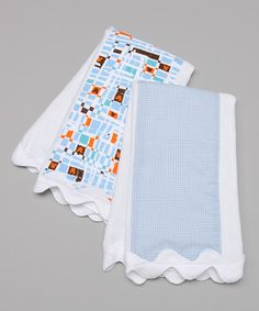 diy burp cloths. There's no link but I like the idea. It looks like the edge has thick rick rack on it.