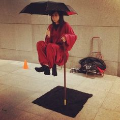 Levitating lady  was so impressed with her core strength, but was told it's a contraption. Boo (at 澳门, Macau)