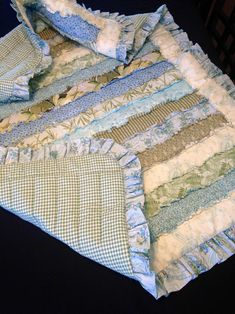Shabby Chic Quilt Patterns, Shabby Chic Quilts, Rag Quilt Patterns, Beginner Quilt Patterns, Baby Quilts To Make, Baby Rag Quilts, Boy Quilts, Strip Rag Quilts, Flannel Rag Quilts