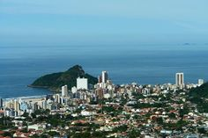 Vista de Matinhos a partir do Morro do Escalvado - Foto: Cláudio E. Castro. Morro do Escalvado ou Morro da Cruz. Rua das Palmeiras, 170. Matinhos - Paraná. Fone/Fax: (41) 3452-6340.