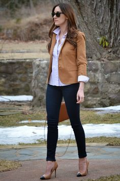 Business casual work outfit: camel blazer, white button up, dark skinny jeans, camel heels.