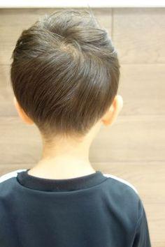 ナチュラルになじませたツーブロックです。 -こども専門の美容室「チョッキンズ」- Baby Boy Hairstyles, Baby Boy Haircuts, Toddler Haircuts, Hair Patterns, Kids Cuts, Kids Fashion Boy, Bangs, Hair Cuts, Hair Beauty