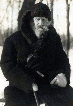 Tolstoi en 1909 fotografiado por Chertkov (2)