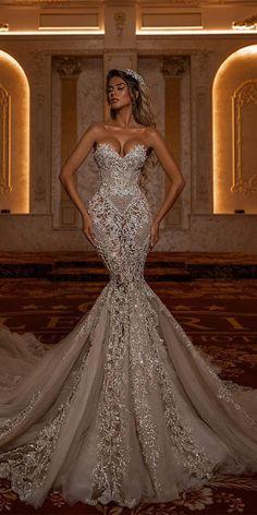 Extravagant Wedding Dresses, Sexy Wedding Dresses, Princess Wedding Dresses, Bridal Dresses, Wedding Gowns, Luxury Wedding Dress, Wedding Dress Bustle, Gorgeous Wedding Dress, Mermaid Dresses
