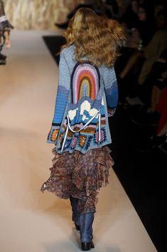 Anna Sui at New York Fashion Week Spring 2011 - Runway Photos Anna Sui Fashion, Kimono Fashion, Boho Fashion, Crochet Coat, Crochet Cardigan, Crochet Clothes, Hippie Chic, Boho Chic, Gypsy Style