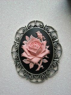 Pink Rose Antique Silver Brooch by OctoberPetals on Etsy Bohemian Hippie Clothes, Hippie Outfits, Pink Jewelry, Jewelry Sets, Antique Roses, Antique Silver, Cameo Necklace, Silver Brooch, Beautiful Roses