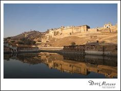 Reflections of the fort in Jaipur, India Jaipur India, Monument Valley, Nature, Photography, Travel, Naturaleza, Photograph, Viajes, Fotografie