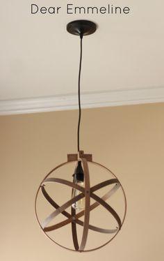 19 super Ideas for embroidery hoop chandelier diy pendant lights Globe Pendant Light, Pendant Lighting, Diy Easy Embroidery, Embroidery Hoops, Diy Luz, Diy Lampe, Diy Chandelier, Farmhouse Lighting, Kitchen Lighting
