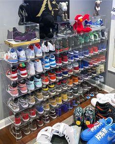 welcome to the culture : internet ctrl 🦋 Jordan Shoes Girls, Air Jordan Shoes, Girls Shoes, Best Jordan Shoes, Shoe Room, Shoe Wall, Moda Sneakers, Sneakers Nike, Sneaker Store