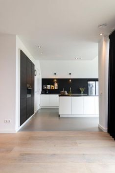 Ralph and Kim Stein Kitchen Cucina minimalista Cucina Kim Ralph Stein ., Ralph and Kim Stein Cucina Cucina minimalista Cucina cucina Kim Ralph Stein cucina Ralph and Kim Stein Cucina Cucina cucina minimalista K. Home, Home Kitchens, House Design, Kitchen Inspirations, New Homes, Kitchen Interior, Interior Design Kitchen, Minimalist Kitchen, Modern Kitchen Design