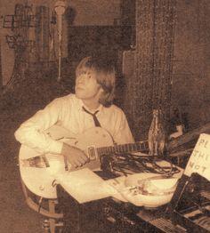 Brian Jones Rolling Stones, Rock N Roll, Rock Stars, Confusion, Beanies, Walking Dead, Sweet, Peeps, Brain