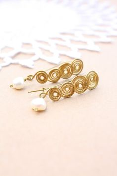 Bridal Earrings Gold Spiral White Pearls by SusyDeMarchiJewelry