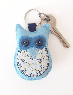 Make your own felt owl keyring for yourself or a gift for someone else. I love sewing with felt as its very forgiving and good results can be easily achieved. These kits have been created with everything inside, pre cut so everyone can just go straight to the fun part of sewing and