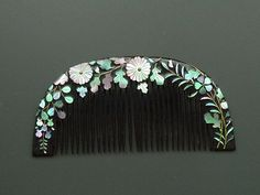 Mother of pearl inlaid comb