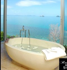 Bathtub with a beautiful view