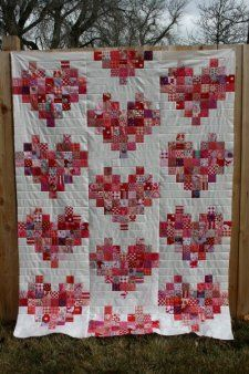 Free Tutorial - Scrappy Heart Quilt by Jennifer - Go to Elaine Sullivan QUILT board