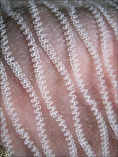 / - a Knitting Knitting Short Rows, Knitting Stitches, Knitting Designs, Knitting Projects, Hand Knitting, Knit Art, Creative Textiles, Weaving Textiles, Fabric Manipulation