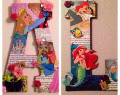 """Cualquier dos cartas madera personalizadas en cualquier tema de Disney - 11"""""""