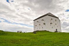 Kristiansten Fortress near Trondheim, Norway by Diego Moreno Delgado Pisa, Trondheim Norway, Tower, Country, Building, Travel, Norway, Fortaleza, Cities