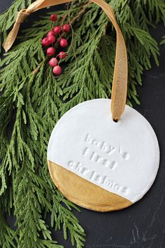 DIY Baby's First Christmas Ornament - love the pop of gold!