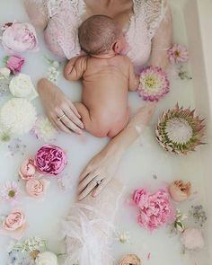 Jan 2020 - Mommy and Baby Photo Idea , Milk Bath Mommy and Baby Photo . Newborn Pictures, Maternity Pictures, Pregnancy Photos, Baby Pictures, Pregnancy Info, Baby Bump Photos, Milk Bath Photography, Newborn Photography, Baby Milk Bath
