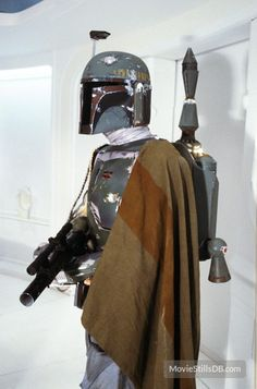 Build your own Boba Fett costume, bounty hunter costume or other Star Wars costumes and props via our international costuming community of makers and cosplayers! Star Wars Boba Fett, Star Wars Darth, Jango Fett, Star Wars Characters, Star Wars Episodes, Boba Fett Tattoo, Boba Fett Costume, Chasseur De Primes, Combat Suit