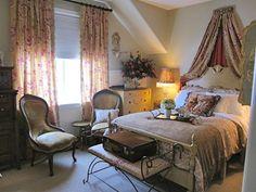 Beautiful guest bedroom