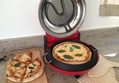 This simple, lightweight machine churns out homemade pizzas in as little as five minutes.